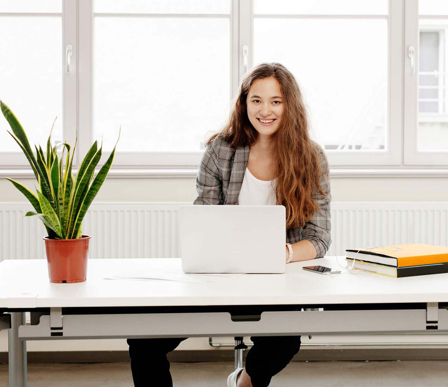 Ausbildung mit Fachabitur Praktische Alternative zum Studium ...